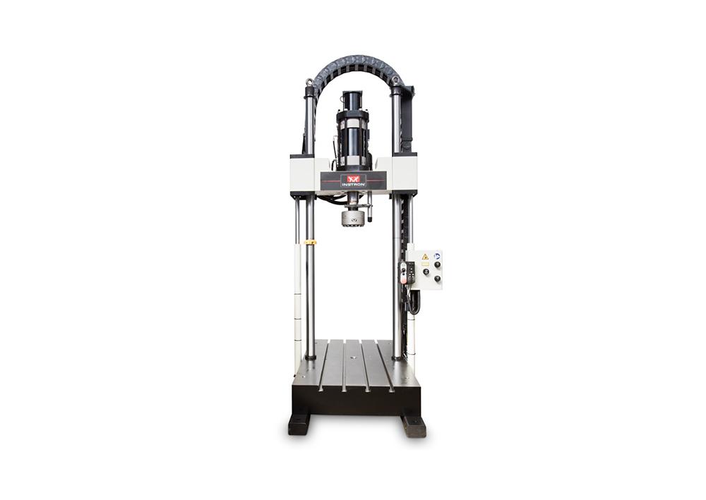 高温非固态石英石挤压试验装置电液伺服系统
